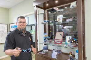 Dr. James Lawrence talks about the Ruskin office of Florida Eye Specialists & Cataract Institute, based in Brandon, and the care available there. John Kelly describes the optical department and its products and services.